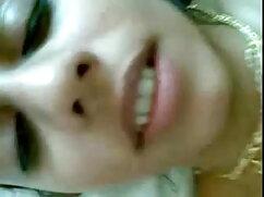 मैं फुल सेक्स हिंदी फिल्म स्काइप पर अपने दोस्त को सफेद खेलता हूं