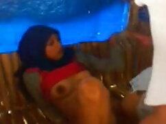 सेक्सी गोरा लंबे बालों वाले लड़के के साथ हुक करता है जो उसे बिस्तर में चोदता है वीडियो सेक्सी हिंदी मूवी
