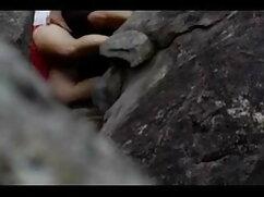 दो प्यारे एशियाई मीठे दिल एक सेक्स हिंदी में सेक्सी फिल्म मूवी टॉय के साथ खेलते हैं